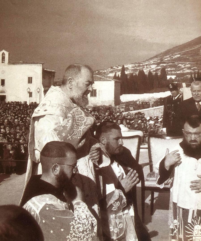 Newsletter Archives Archives - Padre Pio DevotionsPadre Pio